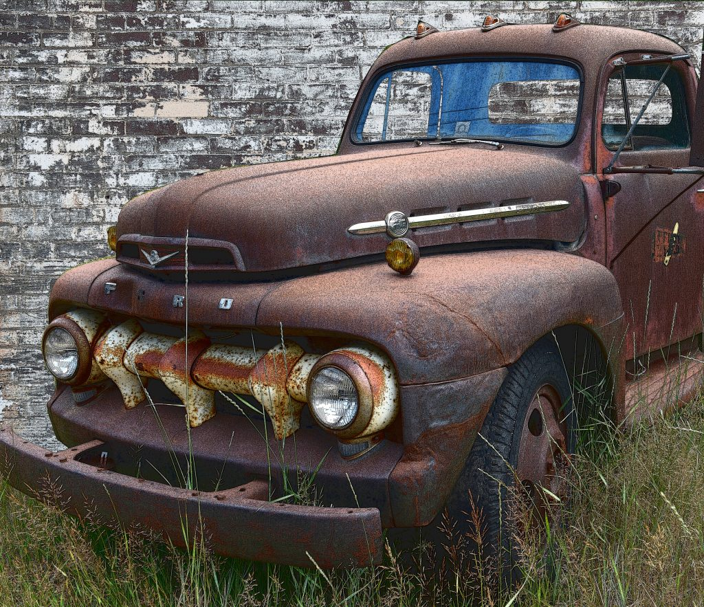 Brown Rusted pickup 4